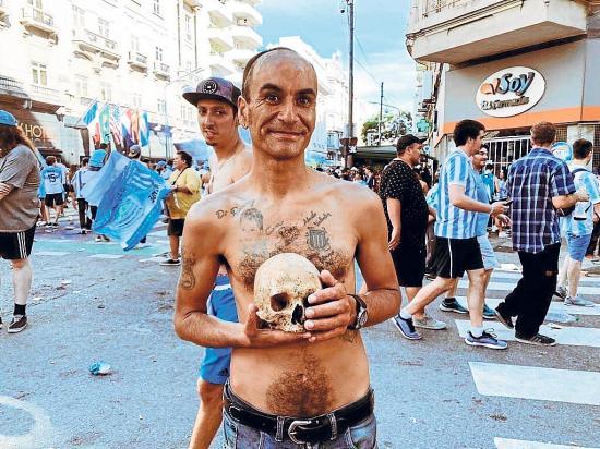 El cráneo de su abuelo es cábala