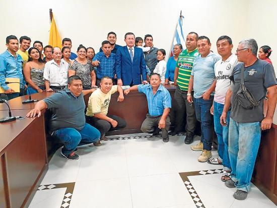 El Florón espera obras luego de reunirse con alcalde y autoridades