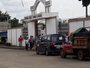 Hombre abusó de su hijastra en un cementerio