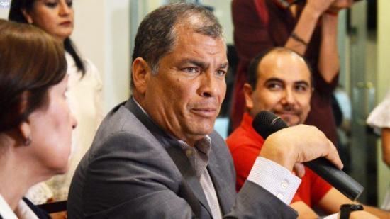Correa lamenta elección de fiscal general para ''cubrir corruptela''