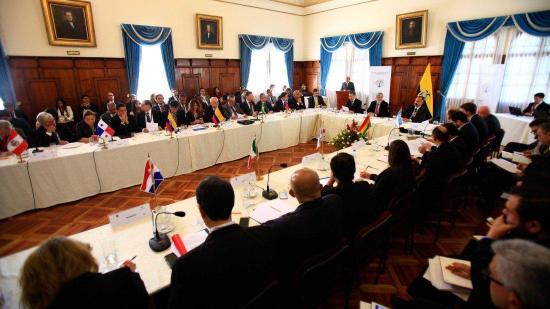 Catorce países analizarán en Quito situación migratoria venezolana en la región