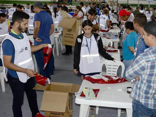 Junta Electoral esperaba enviar informes de San Vicente y Pichincha