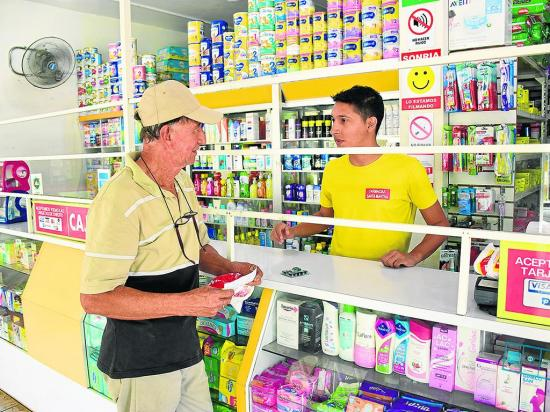 Farmacias llegan a otras zonas
