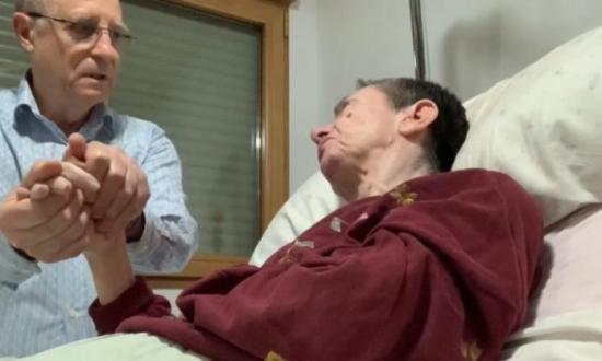 El hombre que ayudó a morir a su mujer en España lo hizo por solidaridad