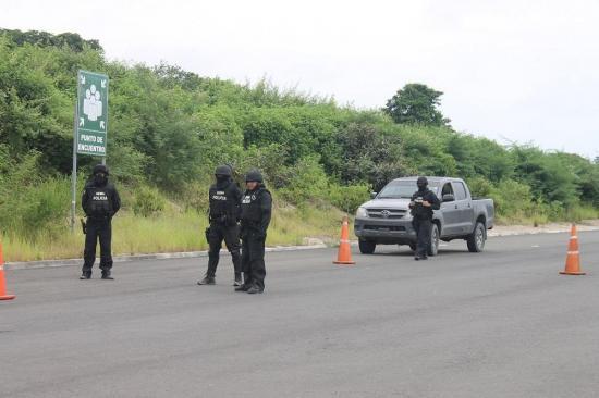 Ecuador tiene 2.000 pistas de aterrizaje, algunas serían usadas por el narcotráfico