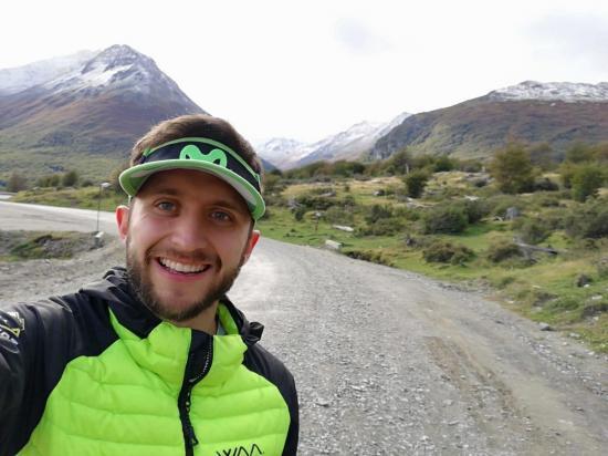El ultramaratonista ecuatoriano Joaquín López se impone en Ushuaia