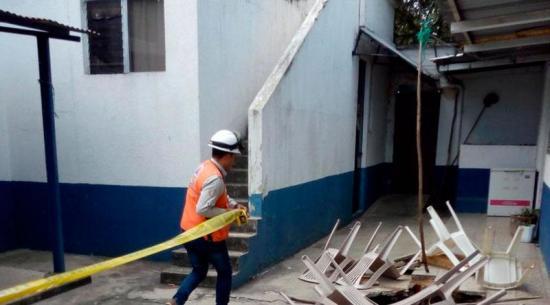 Registran un socavón de 15 metros en unidad de maternidad en Guatemala