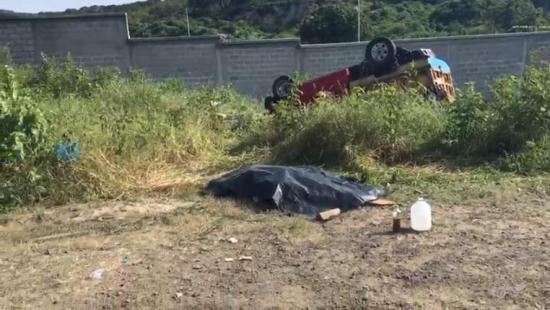 Un muerto y nueve heridos en accidente de tránsito en la vía Manta-Rocafuerte