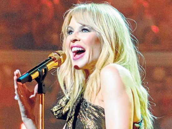 Un ministro está tras Kylie Minogue