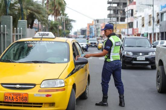 Multas por la Agencia de Tránsito en Babahoyo se postergan