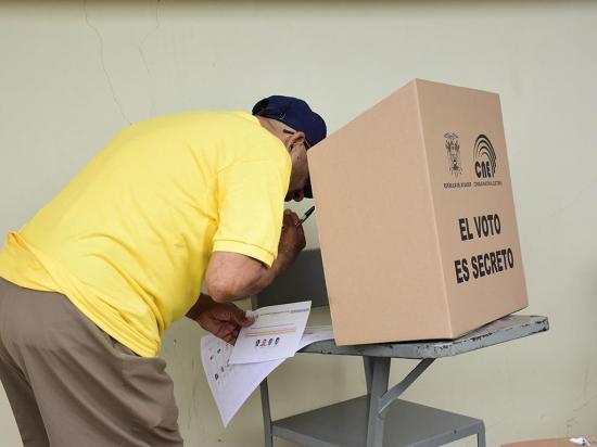 Los candidatos no podrán hacer campaña política en los cantones San Vicente y Pichincha