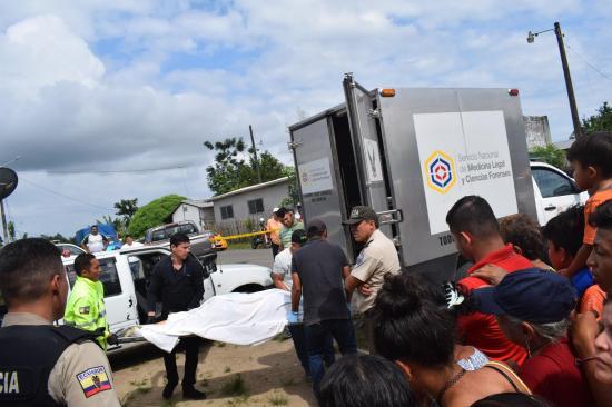 Comerciante es asesinado de seis disparo
