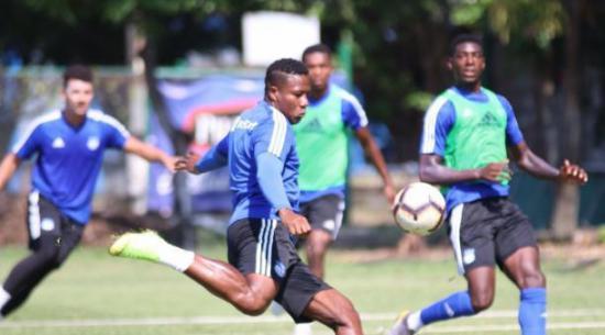 Emelec y Deportivo Lara se enfrentarán mañana en una prueba definitiva para seguir con vida