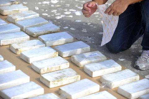 Incautan en Ecuador una tonelada de droga que iba a Centro y Norteamérica
