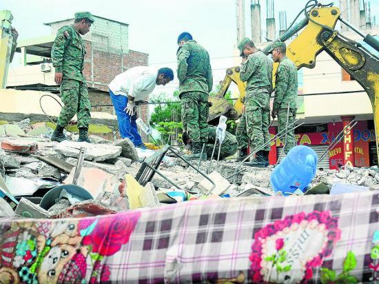 """""""Los fondos de la reconstrucción no se priorizaron"""""""