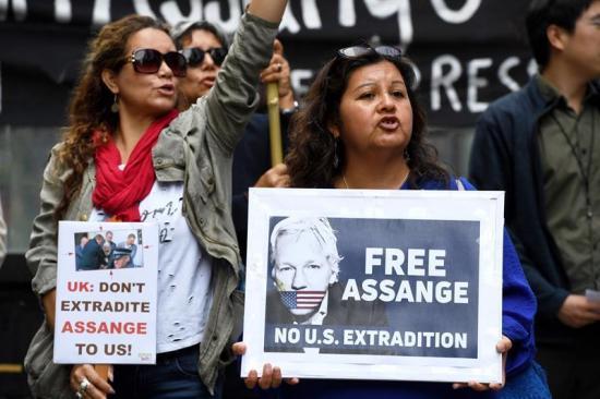 La ONU pide que se garantice el derecho de Julian Assange a un juicio justo