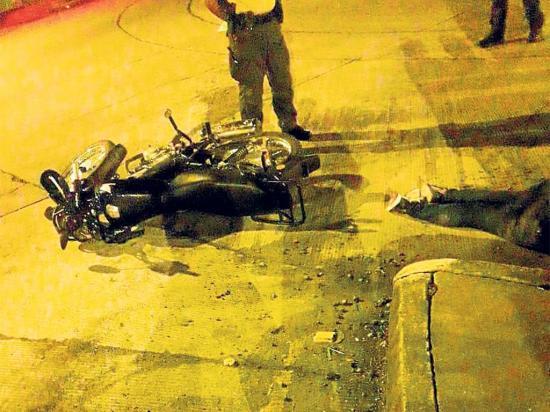 Una camioneta la mató en la madrugada