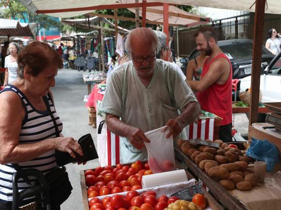 La crisis castiga a jubilados en Brasil
