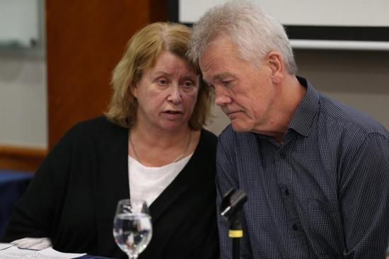 Padres de sueco involucrado en el caso Assange denuncian ilegalidad en arresto