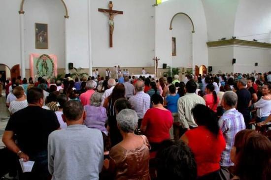 Con misa y nostalgia recuerdan a las víctimas del terremoto de 2016 en Bolívar