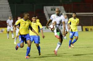 Liga de Portoviejo y Gualaceo empatan 1-1 en el Reales Tamarindos