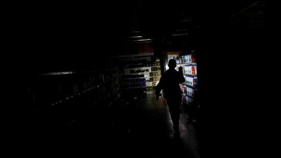 Además de la luz, ¿qué pierde Venezuela con los apagones?
