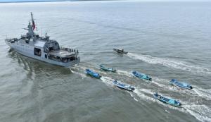 Capturan a 21 pescadores ilegales ecuatorianos en el Pacífico colombiano