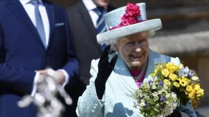 Isabel II celebra cumpleaños 93 asistiendo a misa de Pascua en Windsor
