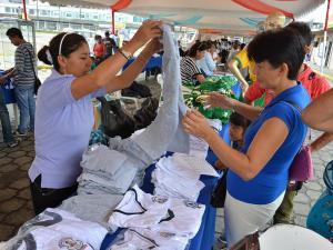 Preocupa la no entrega de uniformes y colación en Manabí