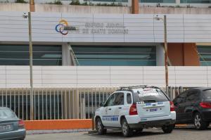 Dos motorizados son acusados de robar un celular, dinero y documentos
