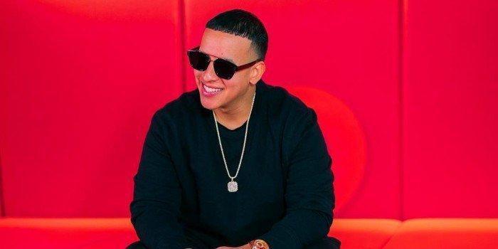 'Con Calma', de Daddy Yankee y Snow, lidera por segunda semana en Billboard