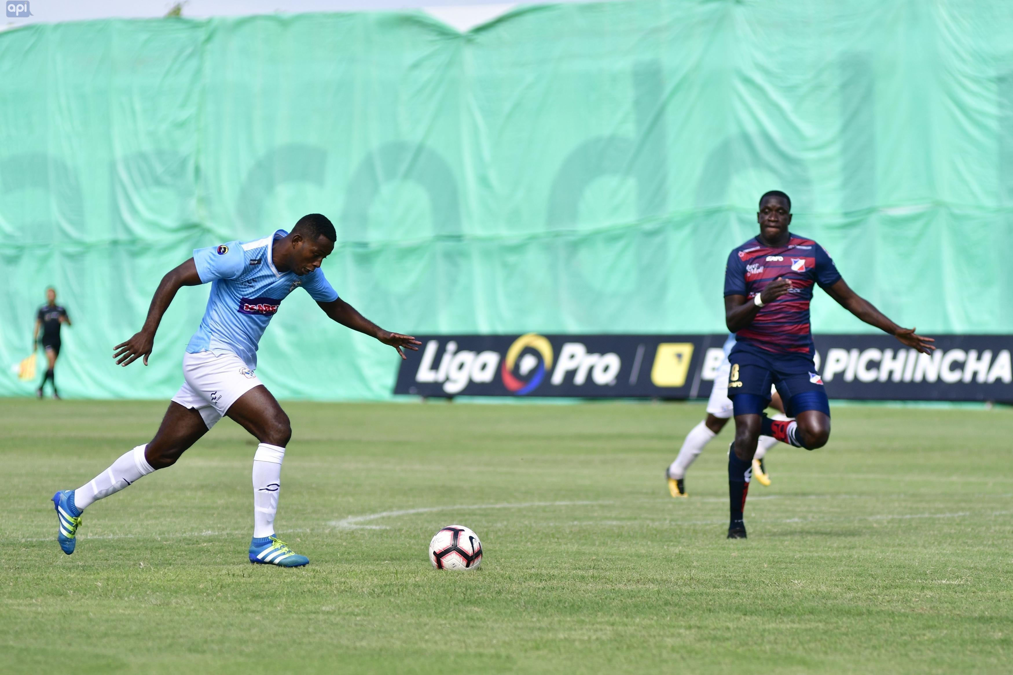 El Manta FC venció al Clan Juvenil por 3-0
