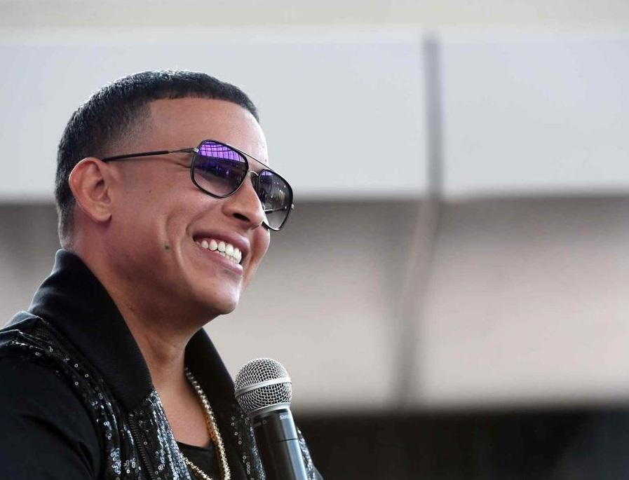 Daddy Yankee producirá concurso en busca de nueva ''reina'' de la música latina