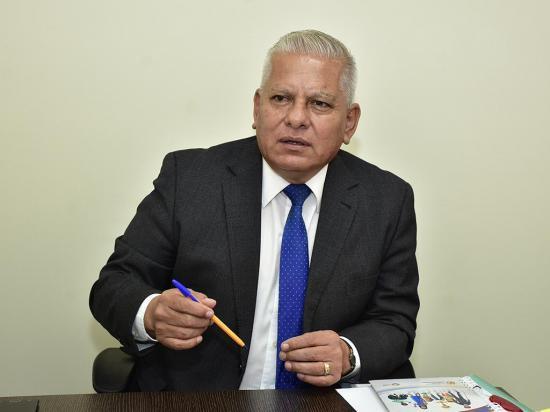 Erwin Valdiviezo fue elegido como el vicealcalde de Portoviejo