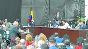 Agustín Casanova le hizo dos pedidos al prefecto de Manabí en la primera sesión de Concejo