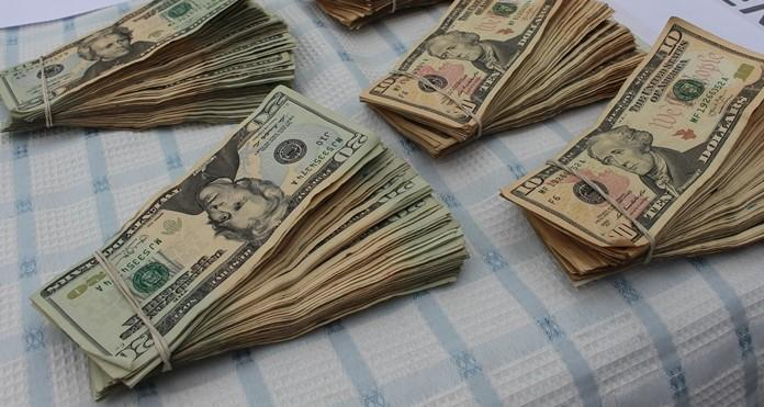 Se le llevan  4 mil dólares a comerciante en Babahoyo