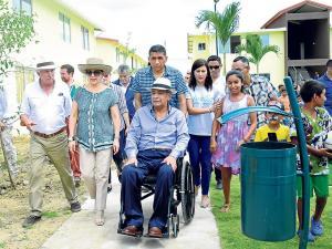 Gobierno entrega 269 casas en Bolívar y anuncia otra fase