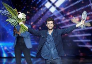 Países Bajos se alza con la corona en el ''Eurovisión de Madonna''