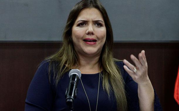 Exvicepresidenta María Alejandra Vicuña es llamada a juicio por presunta concusión