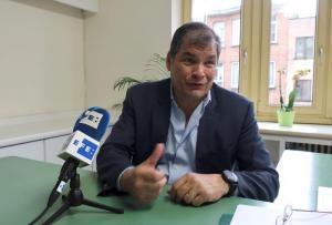 Rafael Correa considera postularse a vicepresidente de Ecuador