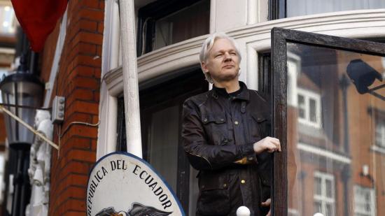 Seguridad de Assange costó 5,2 millones de dólares, dice Ecuador