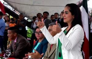 Johanna Delgado es elegida como vicealcaldesa de Montecristi