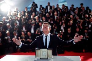 Antonio Banderas recibe el premio a mejor actor en el 72 Festival de Cannes