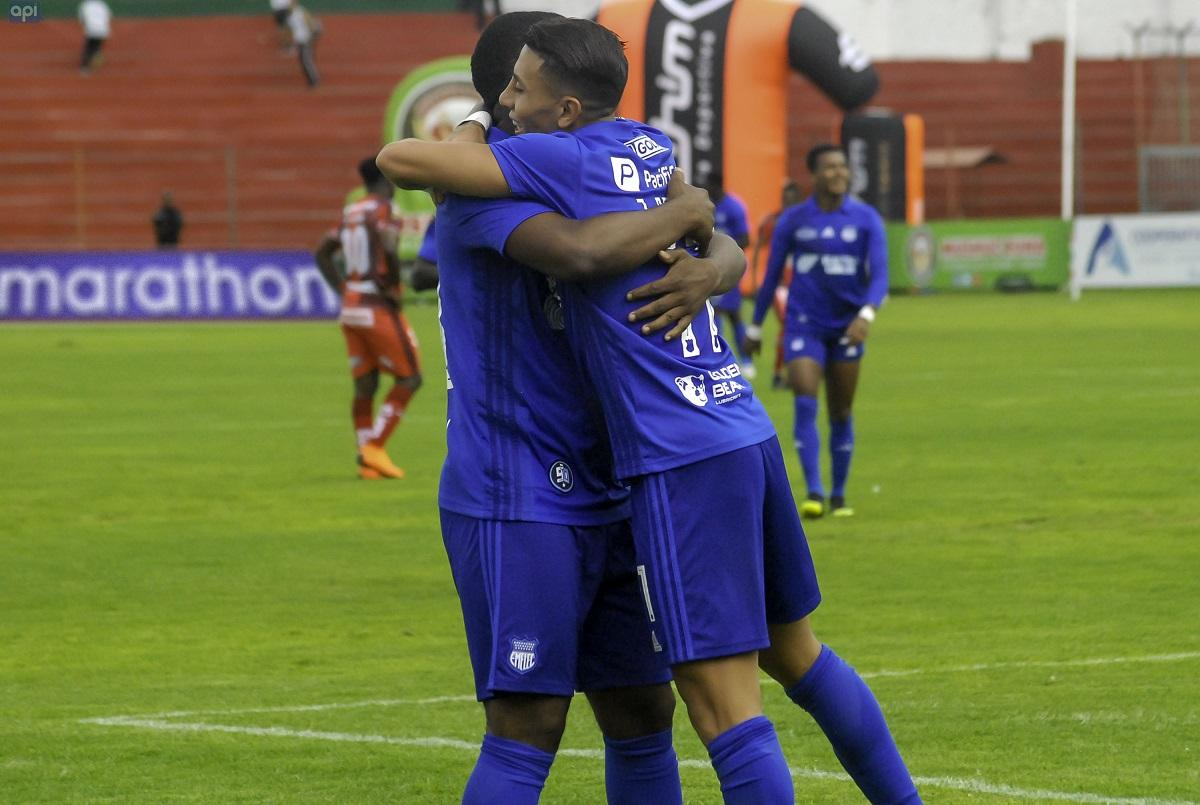 Emelec vence por 0-2 a Mushuc Runa en Ambato