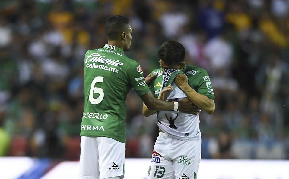 Ángel Mena se lesionó en la final de León contra Tigres