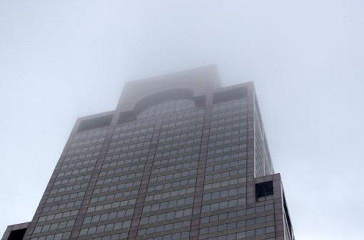 Un muerto en choque de un helicóptero contra un rascacielos en Nueva York