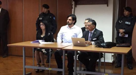 Ordenan en Ecuador libertad de hombre que reclama la mitad de Facebook