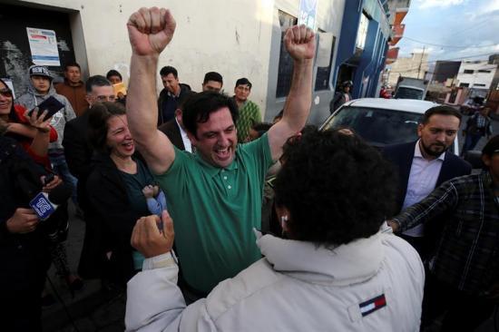 Informático agradece ''voluntad política'' de Ecuador de no extraditarlo a EEUU