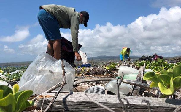 En la lucha contra el plástico 'el cambio empieza en casa', dicen expertos