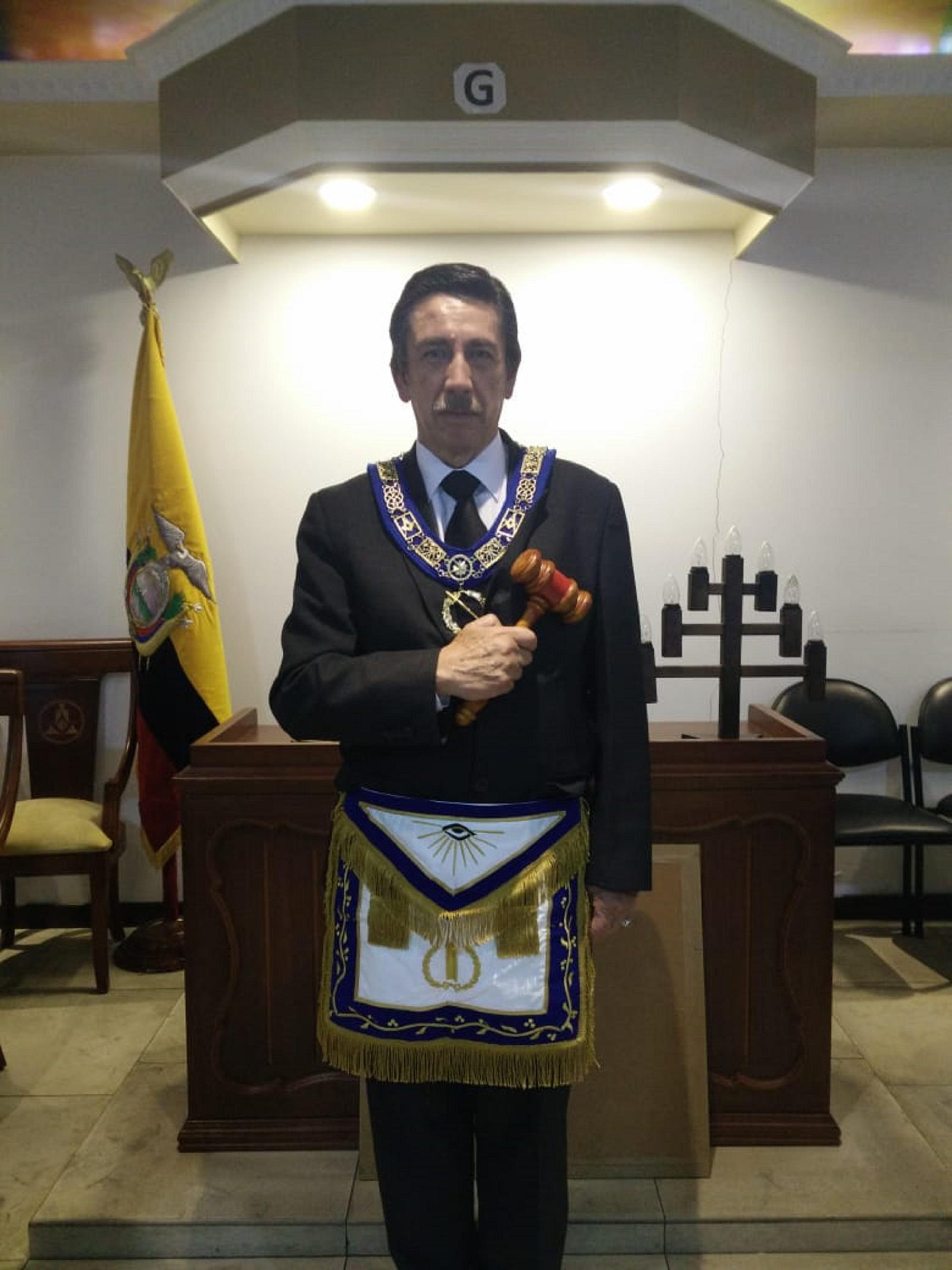 Bolívar Calero lidera la logia de Santo Domingo